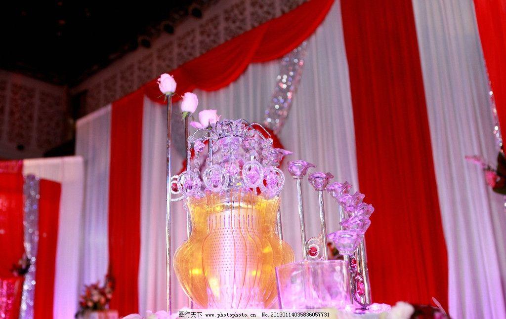 婚礼背景 红色 香槟塔 婚礼摄影 婚礼舞台摄影 节日庆祝 文化艺术