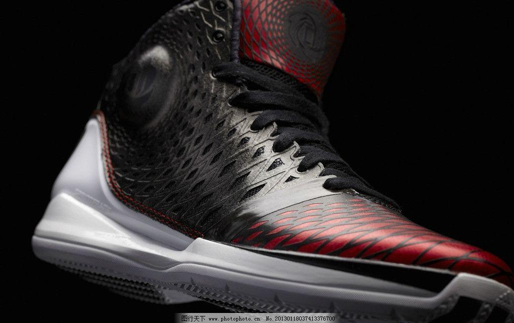 adidas篮球鞋广告宣传照片图片