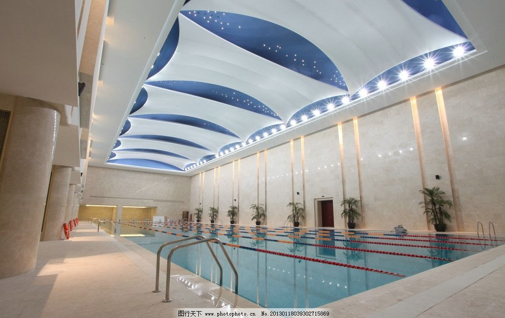 酒店游泳馆 游泳馆 游泳池 泳道 酒店 室内摄影 建筑园林 摄影 72dpi