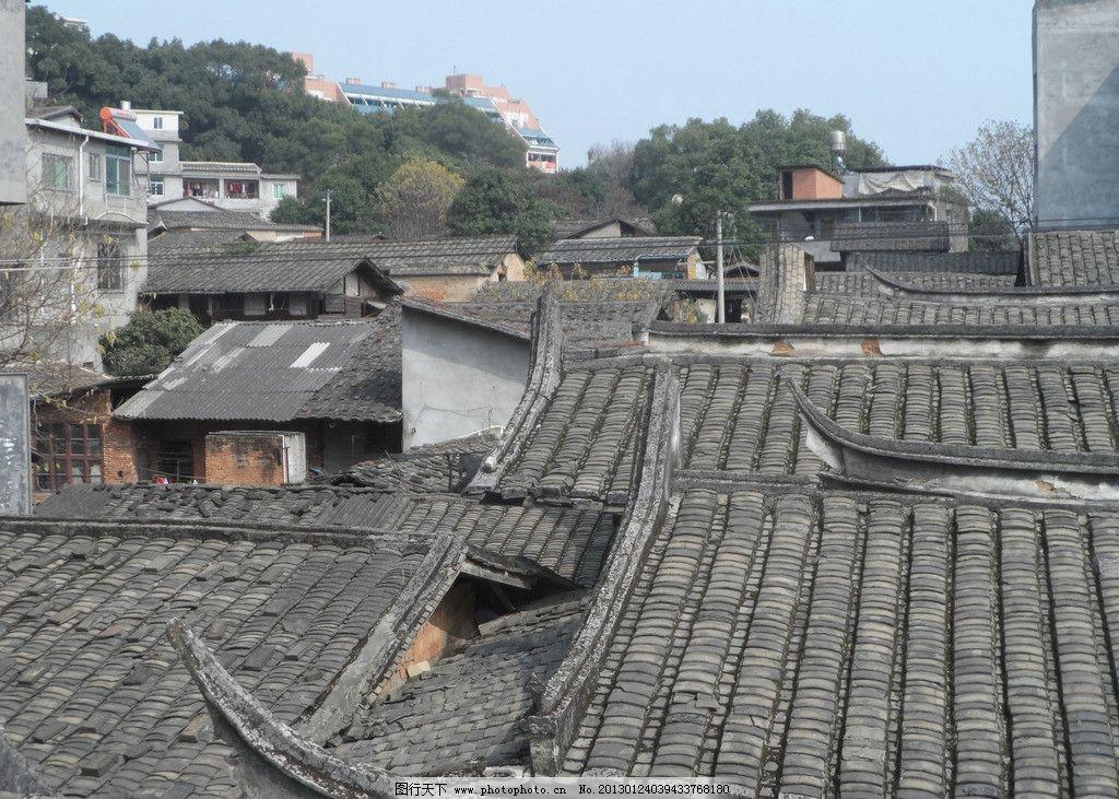 瓦片屋顶图片