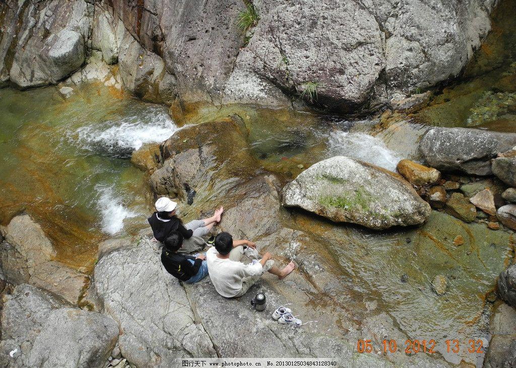 清澈的溪水钢琴曲谱子
