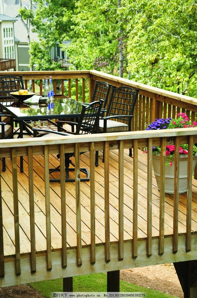 庭院木楼围挡 园林 庭院 房地产 欧式建筑 防腐木 木楼 绿色 户外家具