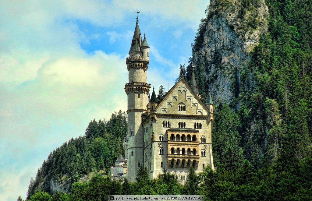自然 空中樓閣 別墅 豪宅 城堡 古堡 山峰 高山 綠樹 山頂 塔樓 歐洲