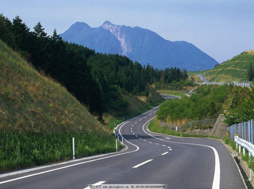 一板二带式道路设计