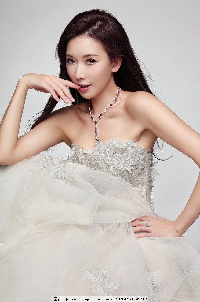 林志玲 明星 美女 台湾演员 模特 礼服 摄影图片