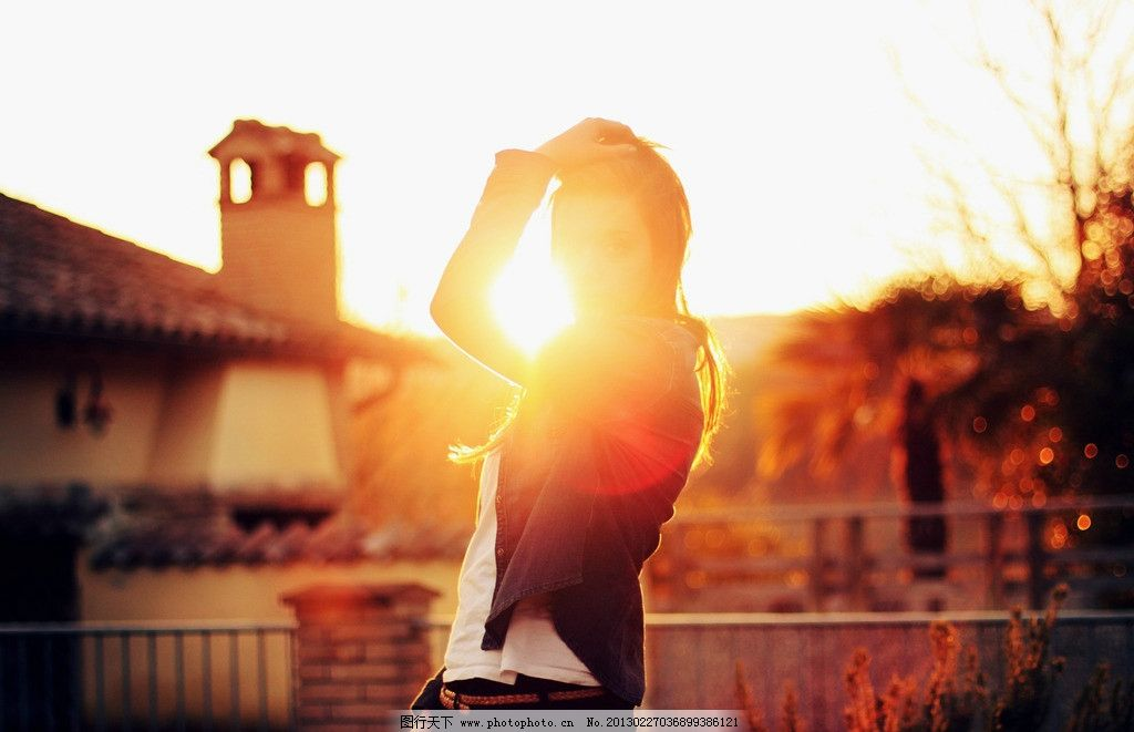 阳光下的美女图片_女性女人_人物图库_图行天下图库