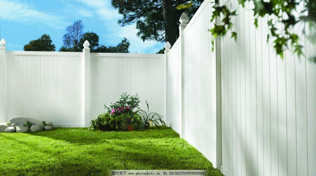 别墅墙板 房地产 别墅 欧式 庭院 绿色 花园 安装 墙板 围挡 木栅栏