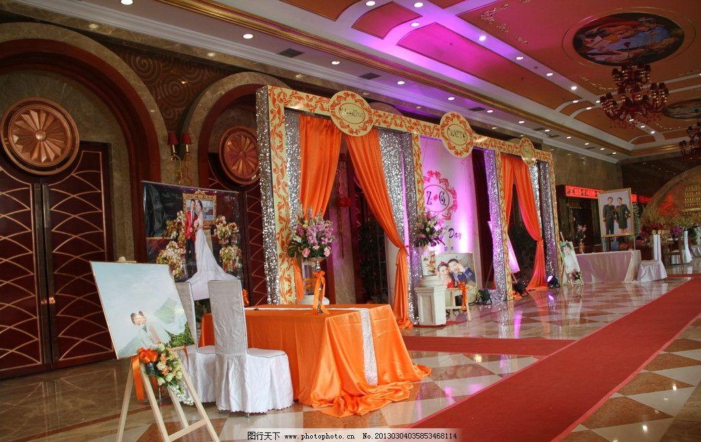 婚礼大厅豪华花艺展示设计图片