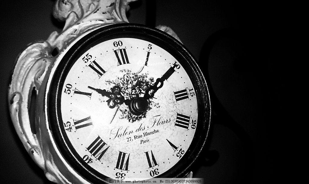 黑白欧式钟表图片_家居生活