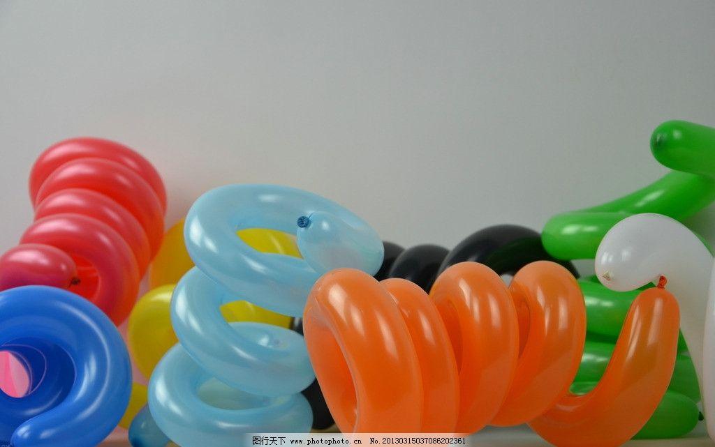 气球花朵造型教程图解_长气球蜜蜂造型教程图解_图解大全