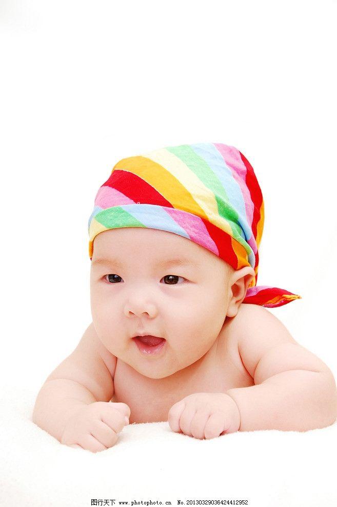 宝宝 大眼睛 可爱 孩子 漂亮 趴着 小模特 儿童幼儿 人物图库 摄影